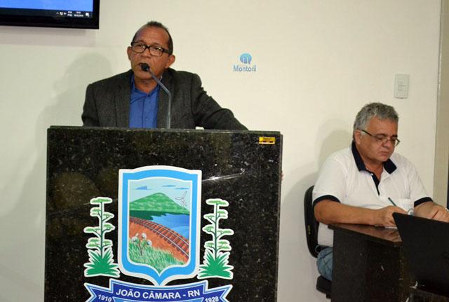 A sessão ordinária da Câmara Municipal de João Câmara transcorria em clima  de cordialidade até o vereador Gilberto Honorato usar a Tribuna no Grande  ... 7336404e48